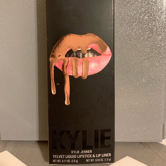 Kylie Cosmetics Other - Kylie Lip Kit